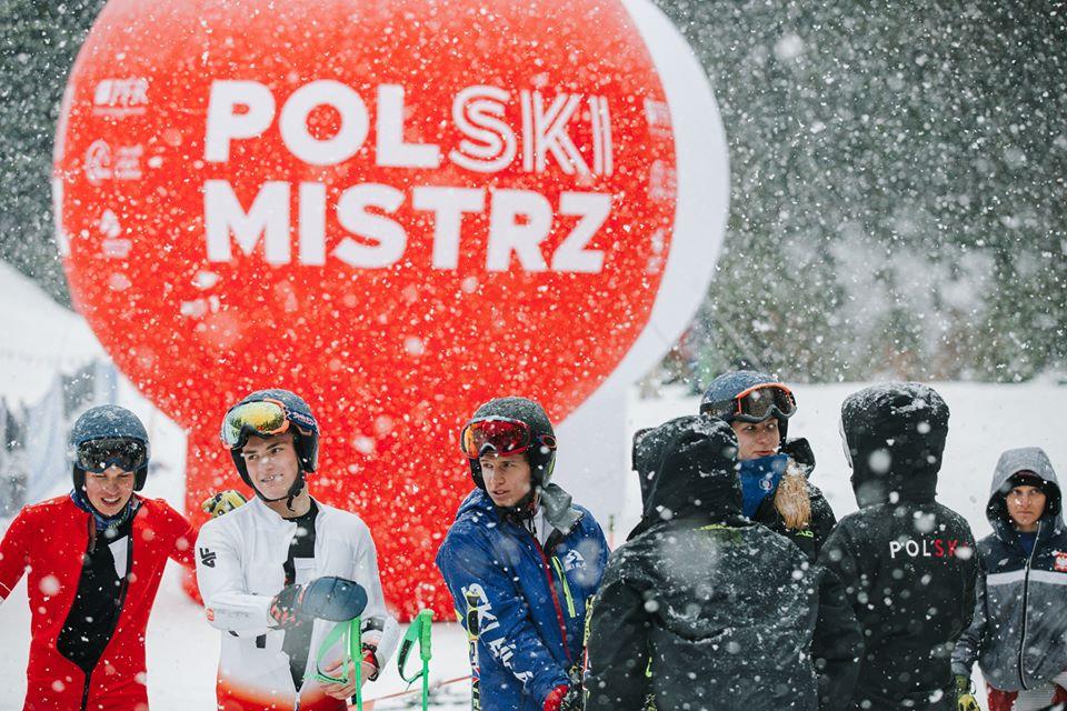 Oddíl Ski Bílá